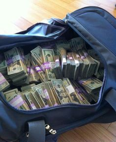 10 Wealth Affirmations to Attract Riches Into Your Life Mo Money, How To Get Money, Money Pics, Money Images, Money Pictures, Cash Money, Money On My Mind, Money Stacks, Swagg
