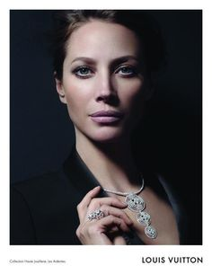 Christy Turlington: Louis Vuitton