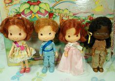 Bandai Strawberry Shortcake Doll lot 4 beautiful look