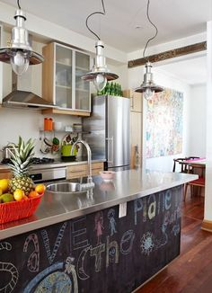Need some help decorating your kitchen? This contemporary kitchen design ideas are the perfect home interior decor you've been waiting for! Home Interior, Interior Design Kitchen, Interior Ideas, Kitchen Dining, Kitchen Decor, Kitchen Island, Family Kitchen, Kitchen Ideas, Nice Kitchen