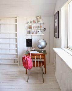 Della's delightful room