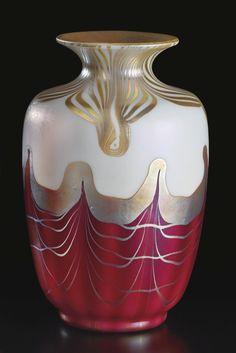 STEUBEN GLASS WORKS DECORATEDVASE engraved AURENE/297 aurene glass 71/4 in. (18.4 cm) high circa 1910