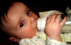 Bottle Feeding Tips http://babies411.com/babies411/baby-tips/bottle-feeding-tips-new.html