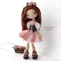 """1,514 To se mi líbí, 51 komentářů – Кукольная лаборатория❤Оля_ка © (@olyaka_lab) na Instagramu: """"Куколка Марго Цветочница , обожает розы , занимается выведением разных сортов в своём саду …"""""""
