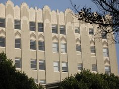 Art Deco ~ San Francisco | Eleven Fifty Union Apartments (left), 1150 Union Street, Russian Hill. Designed by Albert Larson. Photo by Anomalous_A via flickr.