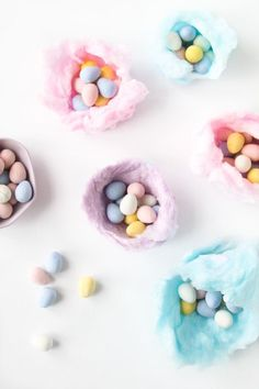 These edible cotton candy nests are easy to make and perfect for an Easter party or Easter brunch! #easter #candy #kids #easterideas