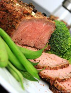 Vita la cuptor frageda si aromata Lamb, Steak, Bacon, Pork, Food And Drink, Cooking Recipes, Beef, Homemade Food, Kitchen
