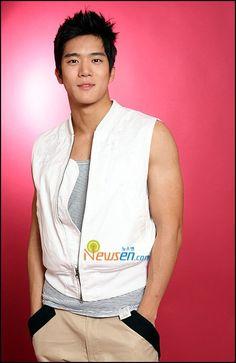 ha suk jin Korean Drama Stars, Korean Star, Korean Dramas, Korean Actors, Asian Boys, Asian Men, Ha Suk Jin, Seo Kang Joon, First Crush