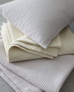 Eileen Fisher Woven-Stitch Organic Cotton Coverlet & Sham Like Both Colors!