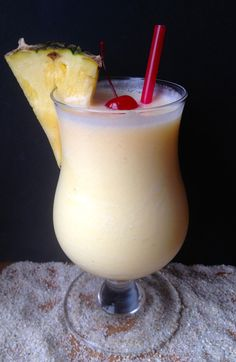 Skinny Pina Colada. All the taste, a fraction of the fat and calories. #dudediet #cocktails