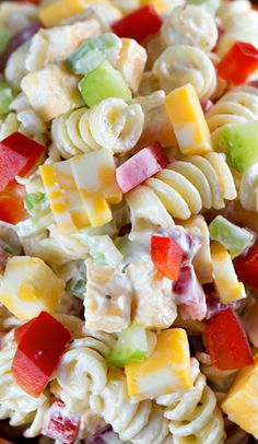 Creamy Cheddar Pasta Salad with a simple dressing ~ is a fantastic side dish for a summer BBQ! It's versatile too – add in broccoli or any other veggies that you'd like!