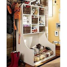 The Art Of Up-Cycling: Upcycling Furniture Ideas For Your Pets....Yep ...Totally Cute ..Lucky Cats & Dogs...
