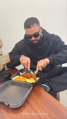 Drake Video, Drake Photos, Drake Wallpapers, Drake Drizzy, Drake Ovo, Fela Kuti, Drake Graham, Aubrey Drake, Mode Streetwear