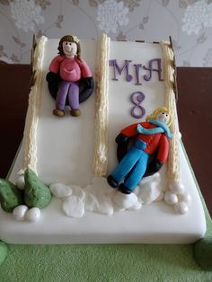 Snow tubing...great fun, easy cake to do.