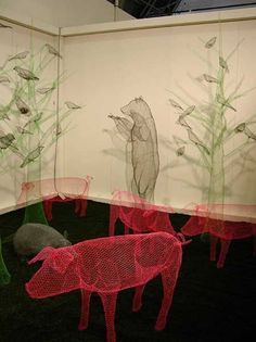 33 Amazing Diy Wire Art Ideas  BIG PROJECT/ART INSTALLATION THE MATERIALS USED ARE OF INTEREST, NOT THE PIGS.