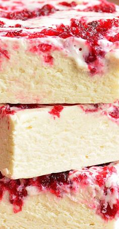 Easy White Chocolate Fudge with Cranberry Jam swirl is a perfect holiday treat. Smooth and creamy white chocolate fudge swirled with homemade cranberry jam. Fudge Recipes, Candy Recipes, Fudge Flavors, Beef Recipes, Dessert Recipes, Holiday Desserts, Holiday Recipes, Christmas Recipes, Thanksgiving Recipes