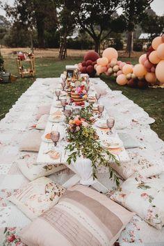 Miss Kyree Loves Baby Shower – Outdoor picnic setting Miss Kyree liebt Babyparty – Picknick im Freien Backyard Birthday, Picnic Birthday, Outdoor Birthday, 30th Birthday, Picnic Style, Picnic Set, Picnic Games, Picnic Ideas, Boho Baby Shower
