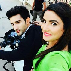 Tashan-E-Ishq: Jasmin Bhasin Aka Twinkle Denies Quitting The Show! Best Love Pics, Love Pictures, Bollywood Outfits, Bollywood Actors, Cutest Couple Ever, Best Couple, Couple Dps, Stylish Girls Photos, Girl Photos