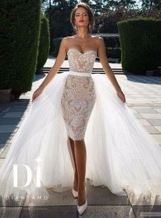 Diamtano short lace wedding dress with tulle train. - Diamtano short lace wedding dress with tulle train. Have fun with RUSHWORLD boards, WEDD … - Short Lace Wedding Dress, Dream Wedding Dresses, Wedding Gowns, Tulle Wedding, Cocktail Wedding Dress, Wedding Dressses, Modest Wedding, Trendy Wedding, Wedding Styles