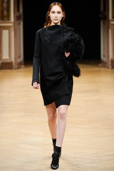 Sharon Wauchob   Fall 2014 Ready-to-Wear Collection   Style.com