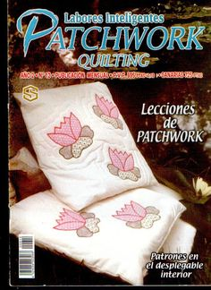 Labores Inteligentes Patchwork Quilting - Log cabin with historic houses in center. Patch Quilt, Applique Quilts, Quilt Blocks, Sewing Magazines, How To Make Purses, Picasa Web Albums, Patchwork Bags, Patchwork Quilting, Book Quilt