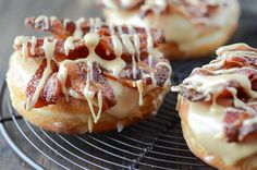 You will never want store bought donuts again after you try Homemade Donut Recipes ! The sweet simplicity and flavor of these donuts are incredible. Bacon Recipes, Donut Recipes, Copycat Recipes, Bacon Food, Bacon Bacon, Chicken Recipes, Delicious Donuts, Yummy Food, Yummy Yummy