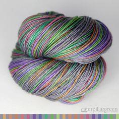 colourway: concrete and tulips | caterpillargreen self-striping yarns   #amidsummerknitsdream #loveknittingcom