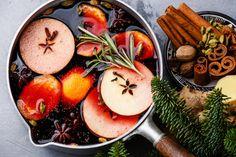To je verze pro ty, co se bez alkoholu na Silvestra prostě neobejdou :-) Smoothie, Peach, Vegetables, Fruit, Food, Alcohol, Essen, Smoothies, Vegetable Recipes
