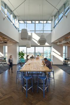 Versatile Conference Room table: standing meetings? Eating space? Table on wheels?  oplusa zazzle 0143 700x1048 Inside Zazzles New Redwood City Headquarters