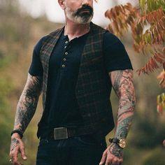 Oldschool, Plaid Vest, Elegant Man, British Style, Mens Fashion, Fashion Vest, Witch Fashion, Fasion, Moda Masculina