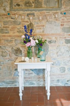 Thank you and guests book table- Wedding by Varese Wedding