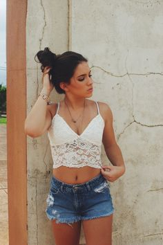 ✖ Denim shorts with a cute white lace crop top  ✖
