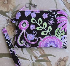 Zippered Wristlet Boho Blossom in Orchid