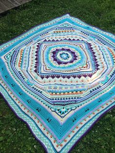 http://www.ravelry.com/patterns/library/sophies-universe-cal/people