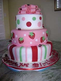 Birthday cake idea for Strawberry Shortcake party
