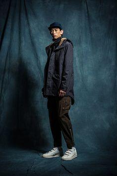 1T01 Turtleneck Sweater/1O03 Water Resistant City Jackrt/1P03 Army Zip Pants/1A04 Baseball Hat