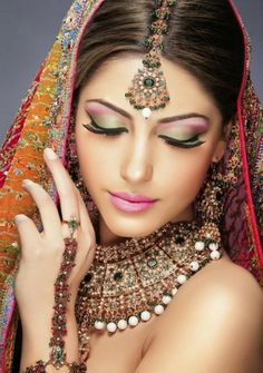 Hint Gelin Makyajı - Kadın ve Hayat