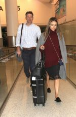 Jessica Alba was spoted on LAX as she come back in Los Angeles http://celebs-life.com/jessica-alba-spoted-lax-come-back-los-angeles/  #jessicaalba Check more at http://celebs-life.com/jessica-alba-spoted-lax-come-back-los-angeles/