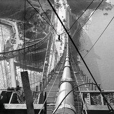 U.S. The Golden Gate Bridge construction (1930s)
