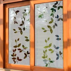Bathroom Paneling, Glass Design, Furniture, Instagram, Home Decor, Home, Naturaleza, Decoration Home, Bathroom Wainscotting