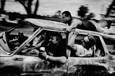 Trent PARKE, Bathurst races, NSW 1999, from the series Minutes to midnight 1999-2004, gelatin silver print, 30.0 x 45.0 cm. Monash Gallery of Art, City of Monash Collection, acquired 2013; MGA 2013.160, Courtesy of the artist and Stills Gallery (Sydney). - See more at: http://artguide.com.au/articles-page/show/cutting-edge-21st-century-photography-2#sthash.2bDlfh3m.dpuf