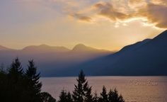 Evening rays on the Sea-to-Sky Highway