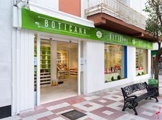 Boticana pharmacy by Marketing-Jazz, Jaén – Spain »  #Retail Design Blog #diseño #farmacia #salud #design #pharmacy #apotheke #health #healthy http://retaildesignblog.net