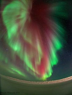 Aurora over Tuktoyaktuk, Northwest Territories, Canada Canadian Culture, Holiday Places, World Best Photos, Aurora Borealis, Science And Nature, Natural Wonders, Night Skies, Simply Beautiful, Finland