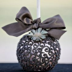 Detailed candy apple