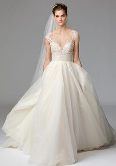 Tulle & Organza Ball Gown| Watters Brides Azalea 1002B | http://knot.ly/64988Bqlw