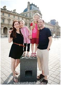 Loved this gorgeous family photo session in beautiful Paris with such an AWESOME family . #paris