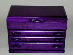 Purple Jewelry Box --- hmmm, I wonder if I could paint my old one like this