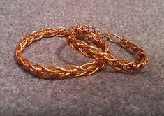 The Beading Gem's Journal: Innovative Wire Wrapped Bracelet Tutorial Gems Jewelry, Cheap Jewelry, Copper Jewelry, Wire Jewelry, Expensive Jewelry, Rock Jewelry, Jewelry Tools, Jewelry Armoire, Wire Tutorials