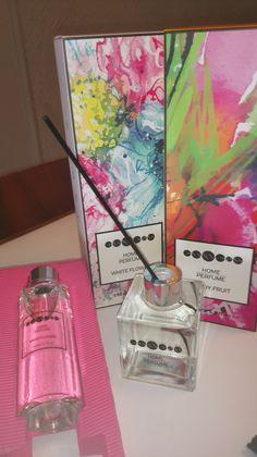#Essens  #Home  #Perfume jsou jedinečné a dlouhotrvající  #vůně pro váš  #interiér v podobě elegantních  #aroma difuzérů, které místnost krásně provoní a zároveň jí dodají moderní styl. - http://essensclub.cz/essens-home-perfume/